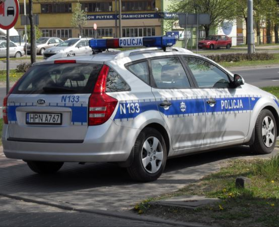 """Policja Zielona Góra: """"Kręci mnie bezpieczeństwo przez cały rok szkolny"""" - bezpiecznie na drodze z zielonogórską Policją."""